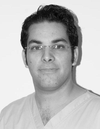 Luis Serrano, enfermero.