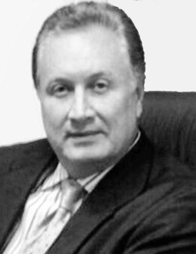 Dr. Luis Alberto Vivas. Cirujano estético. Nº de colegiado: 292305821