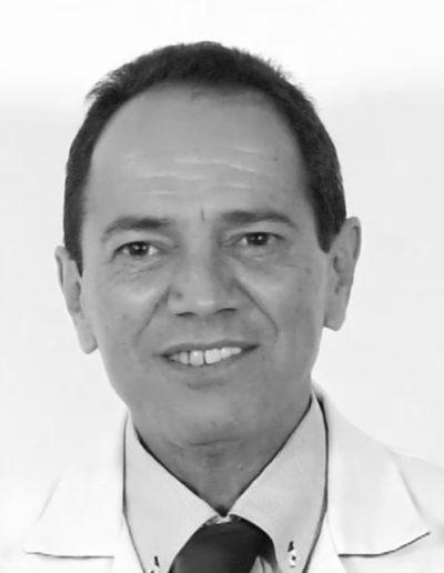 Dr. Luis Daniel Medina. Médico general especialista en capilar. Nº de colegiado: 131305242