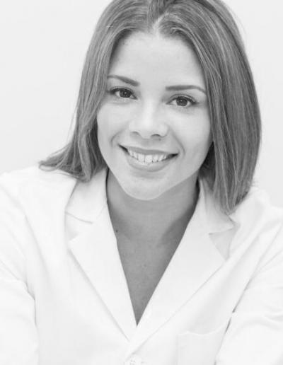 Dra Fernandez de Castro