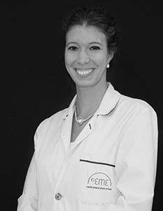 Dra. Esther Deleyto. Cirujano Plástico y estético. Nº de colegiado: 282870980