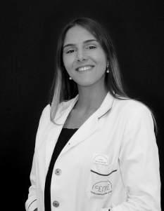 Dra. Karlexis León. Especialista Capilar. Nº de Colegiado: 282877598