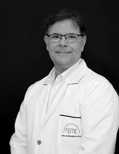 Dr. José Francisco Ochoa. Cirujano médico estético (SECE). Nº de colegiado: 282873108