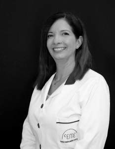 Dra. Yadira Abreu. Cirujano Médico Estético (SECE). Nº de Colegiado: 282877990